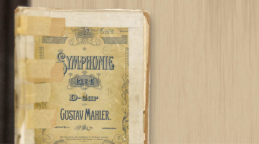 Photo of the cover page of the score to Mahler's First Symphony.