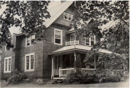 Photograph of the exterior of Steffy Goldner's house in Haverford, Pennsylvania